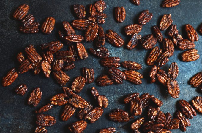 Low-Carb Candied Pecans