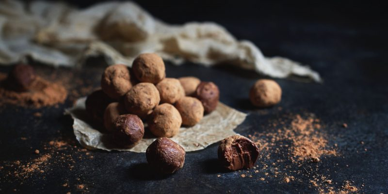 Low-Carb Mini Dark Chocolate Lemon Truffles