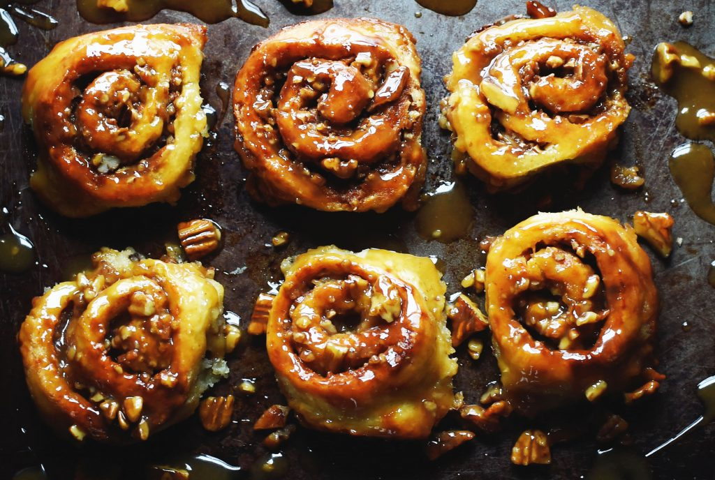 Ultimate Low-Carb Caramel Pecan Sticky Buns