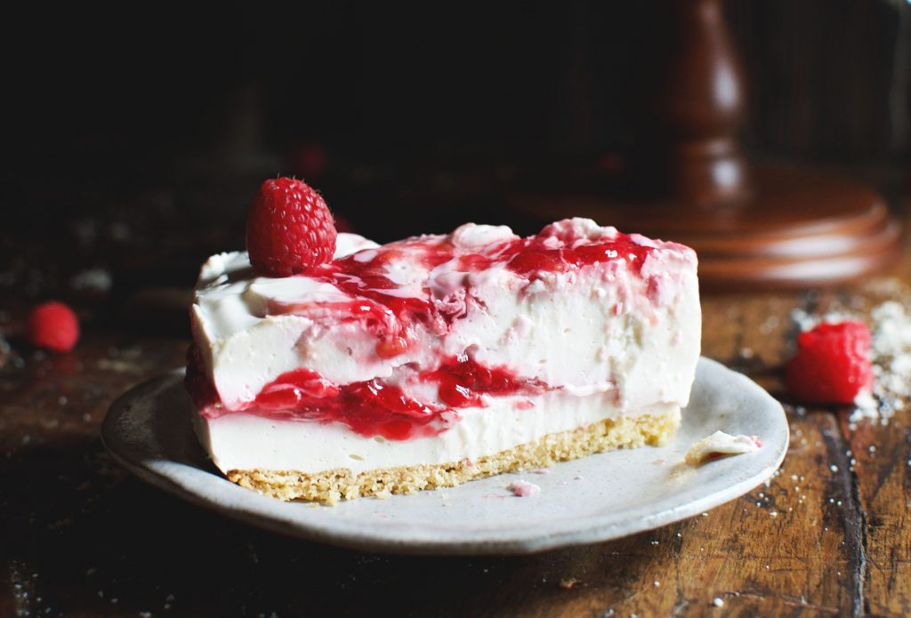 Low-Carb Raspberry Swirl Cheesecake