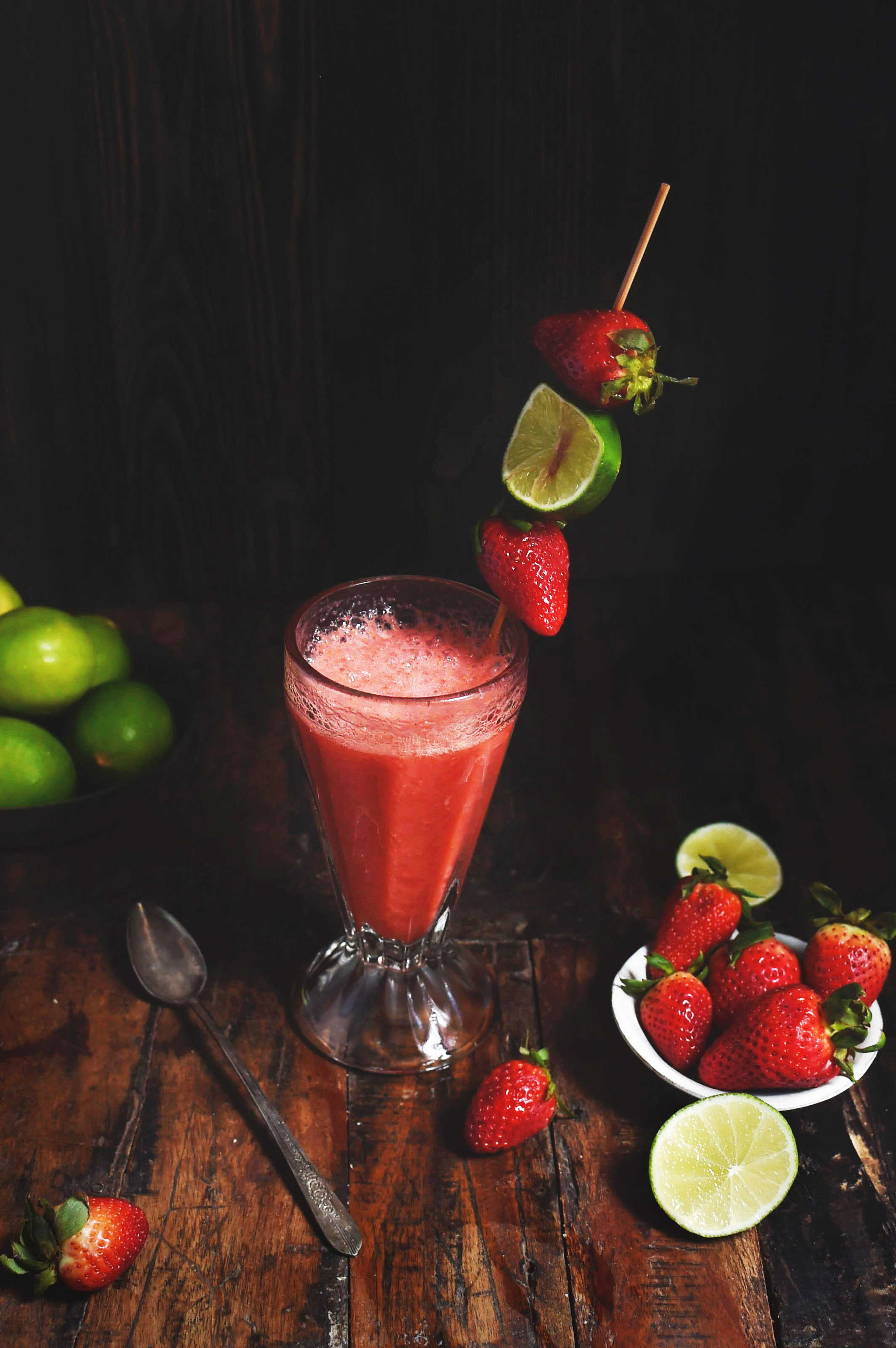 Low-Carb Strawberry Lime Coolers
