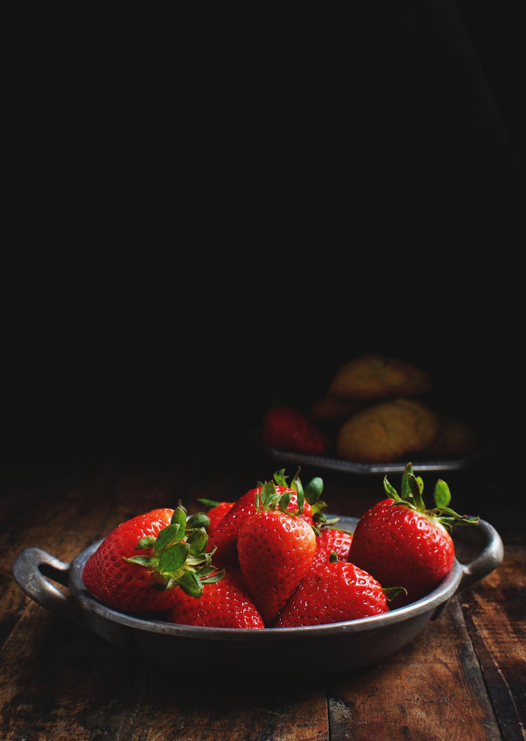Low-Carb Strawberry Lemon Shortcake