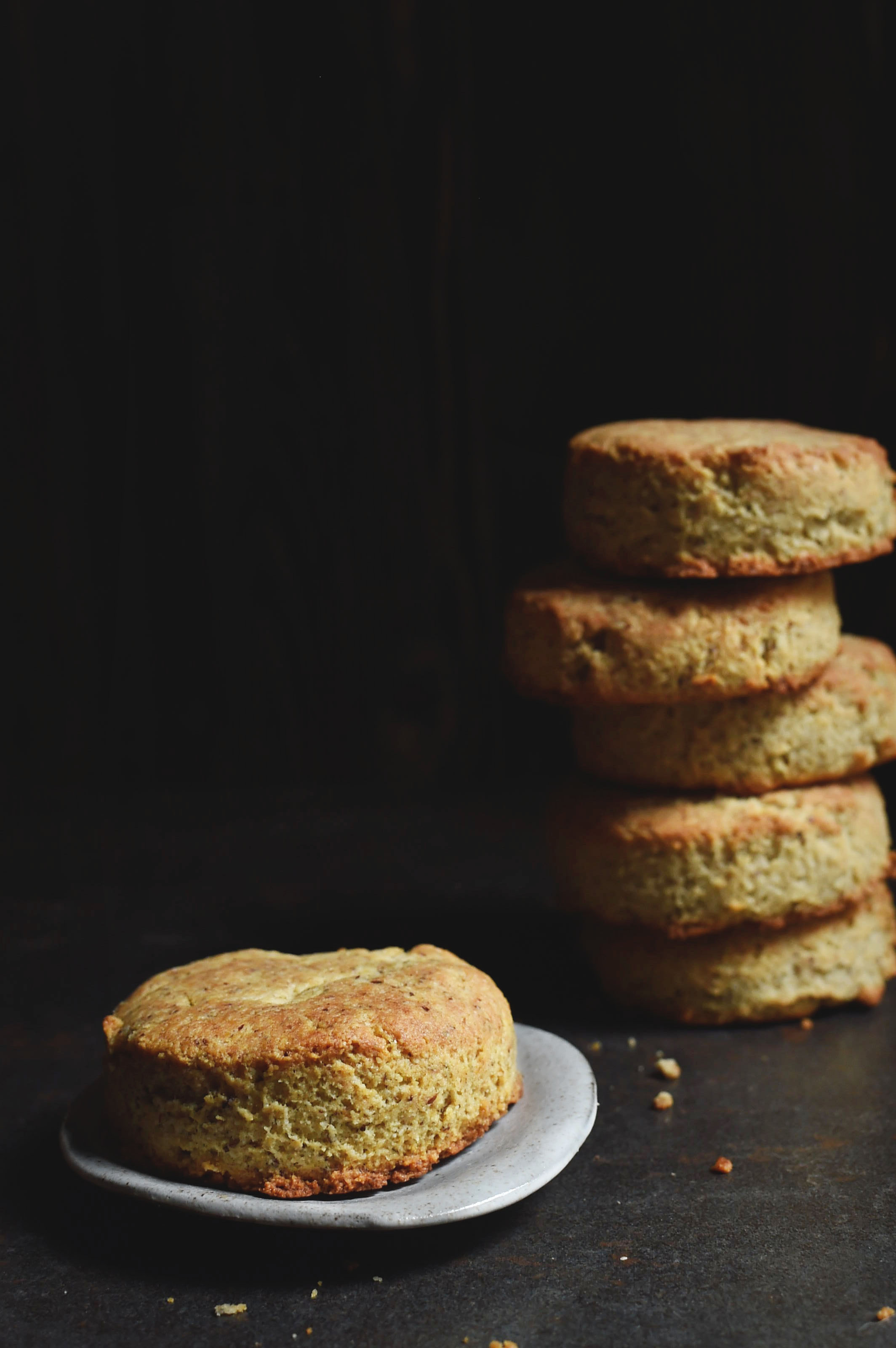 Low-Carb Sour Cream Biscuits