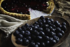 Low-Carb Blueberry Lemon Cream Tart