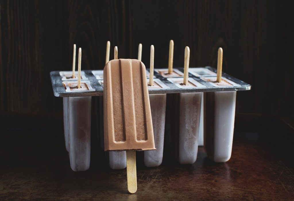 Easy Low-Carb Fudge Popsicles