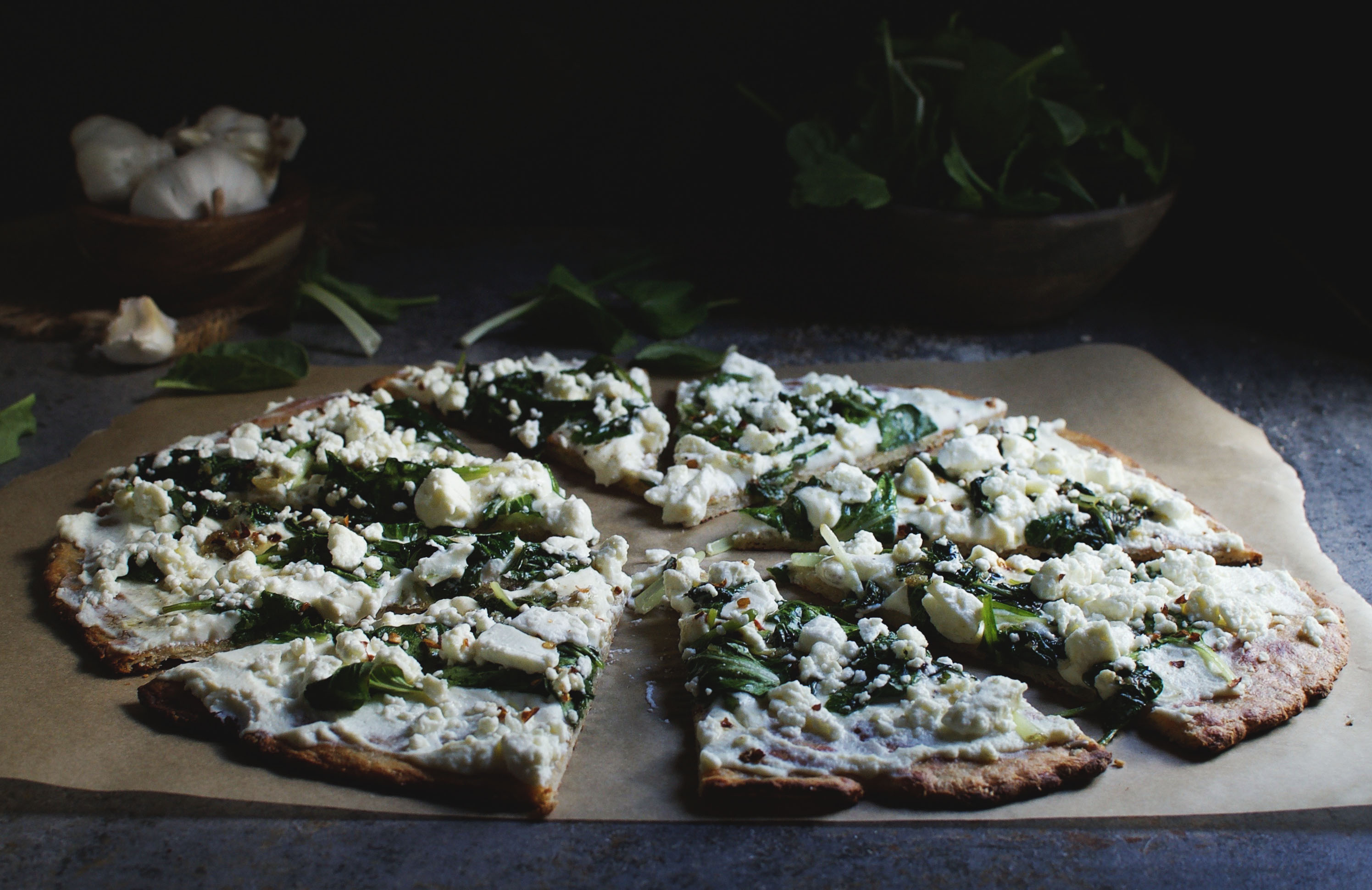 Low-Carb Spinach and Feta Flatbread Pizza