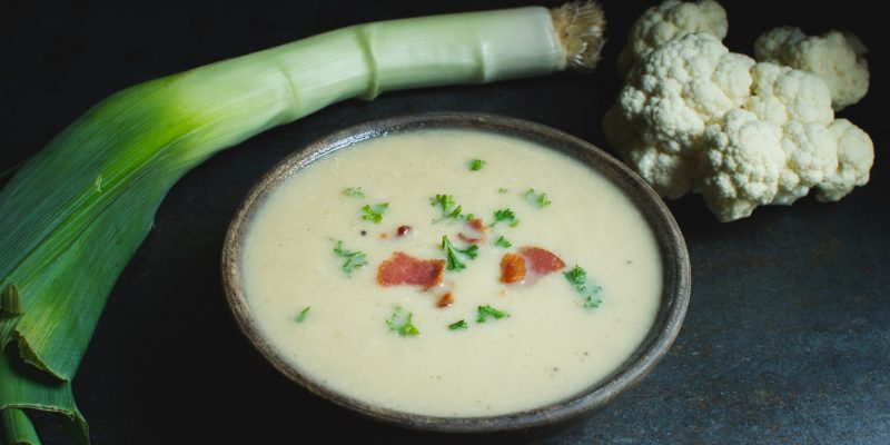 "Low-Carb ""Potato"" Leek Soup"