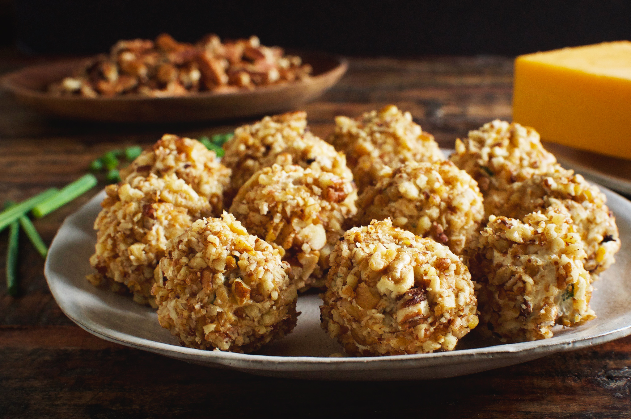 Low-Carb Mini Bacon Chive Cheeseballs on a plate