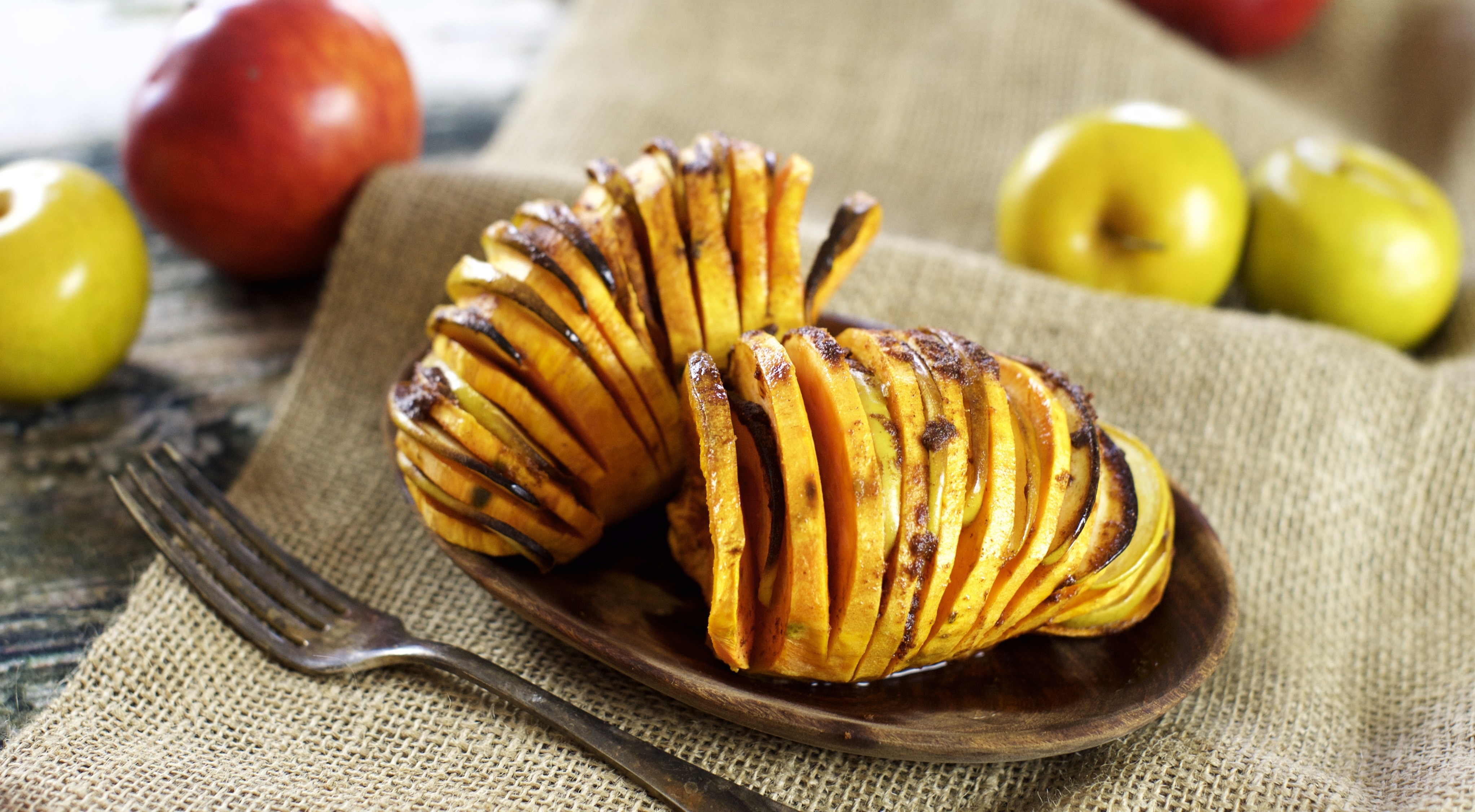 Paleo Hassleback Sweet Potato with Apple