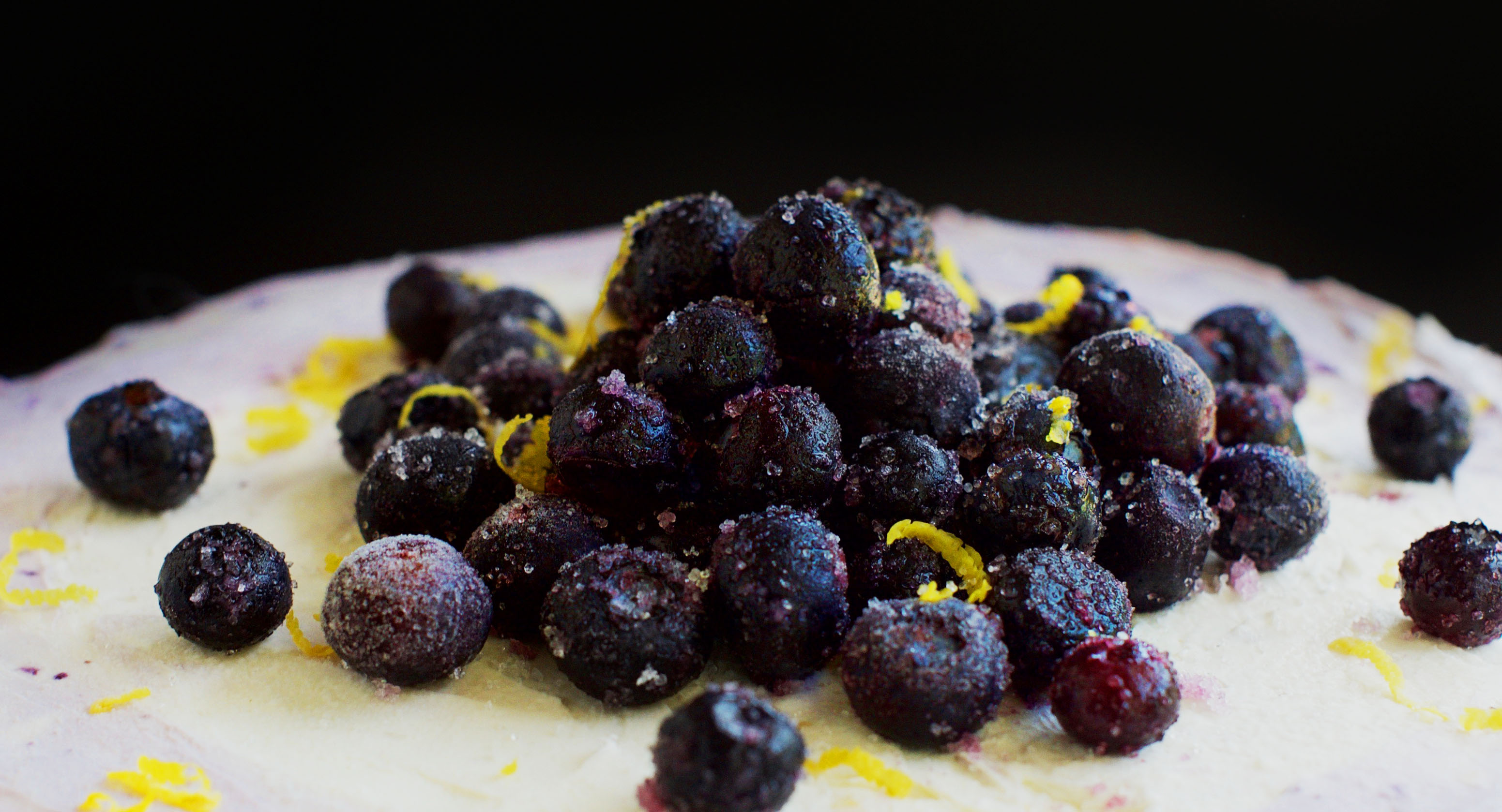 Low-Carb Lemon Blueberry Cream Cake