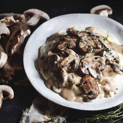 Mashed Cauliflower with Mushroom Gravy