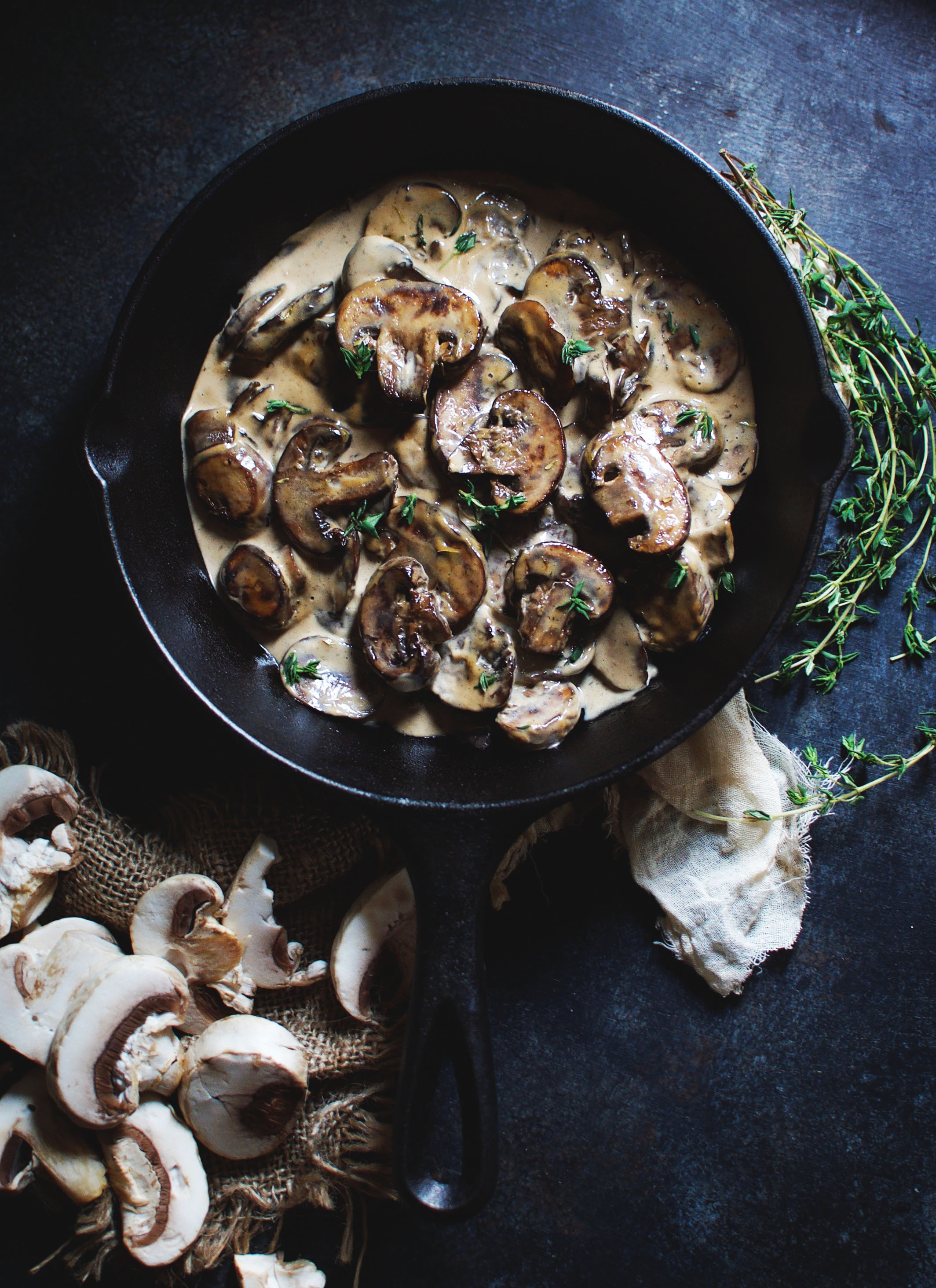 Mashed Cauliflower with Mushroom Gravy