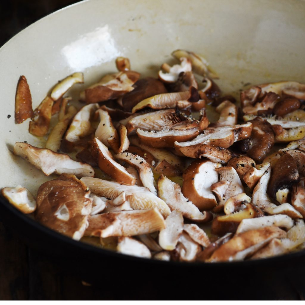 Garlic Mushrooms Recipe--Adding the mushrooms.