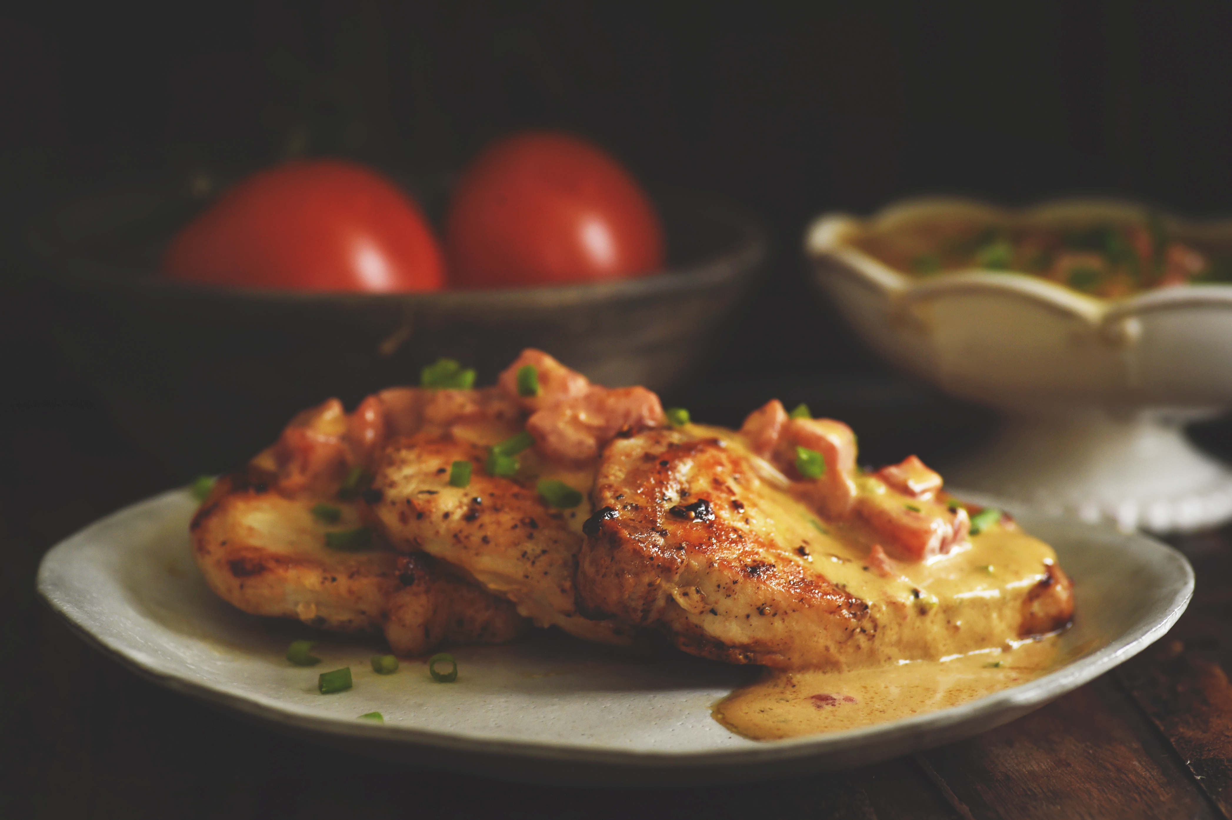 Boneless Pork Chops with Tomato Cream Sauce Recipe