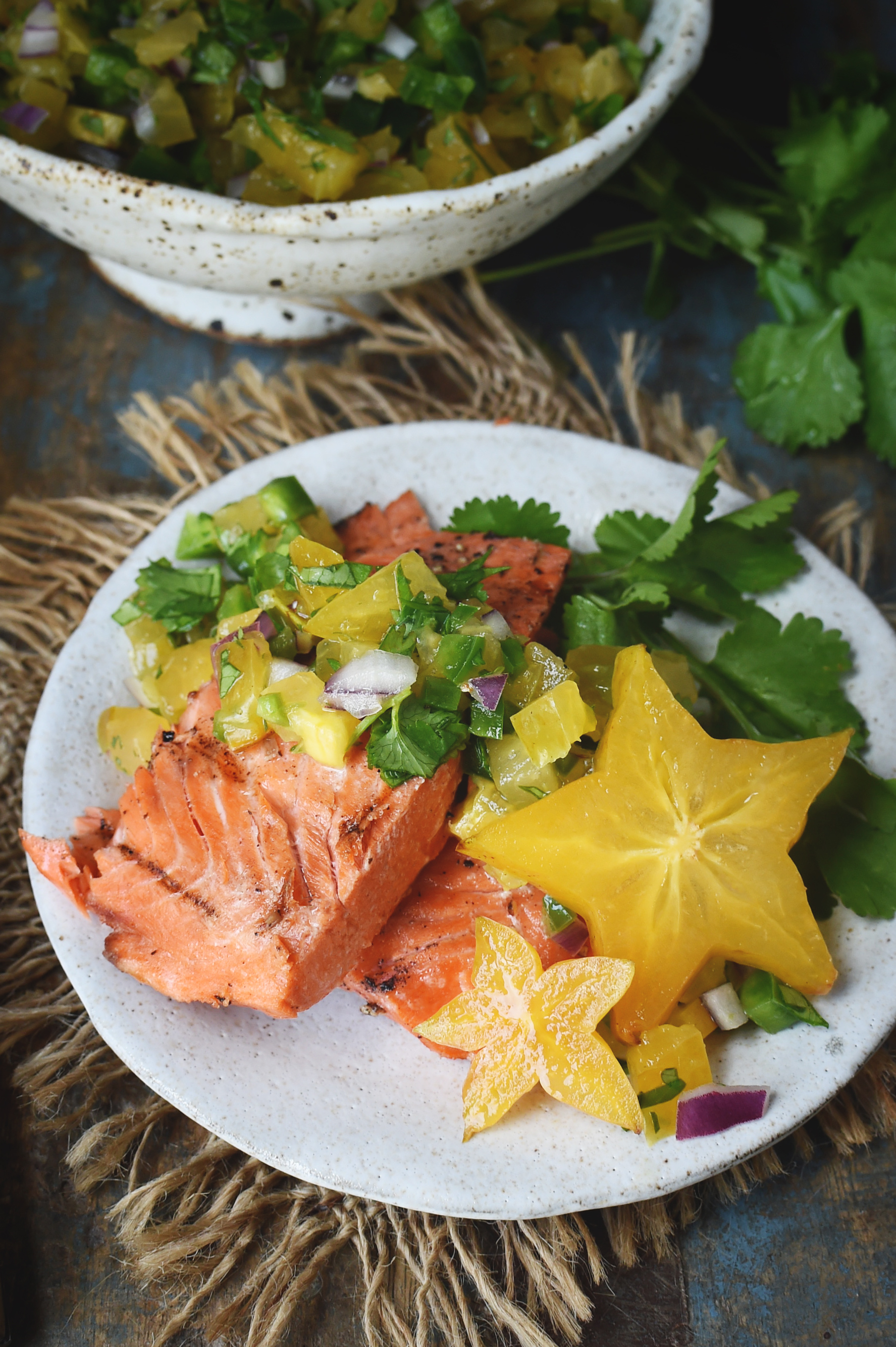 Low-Carb Salmon with Starfruit Salsa-served on a plate.