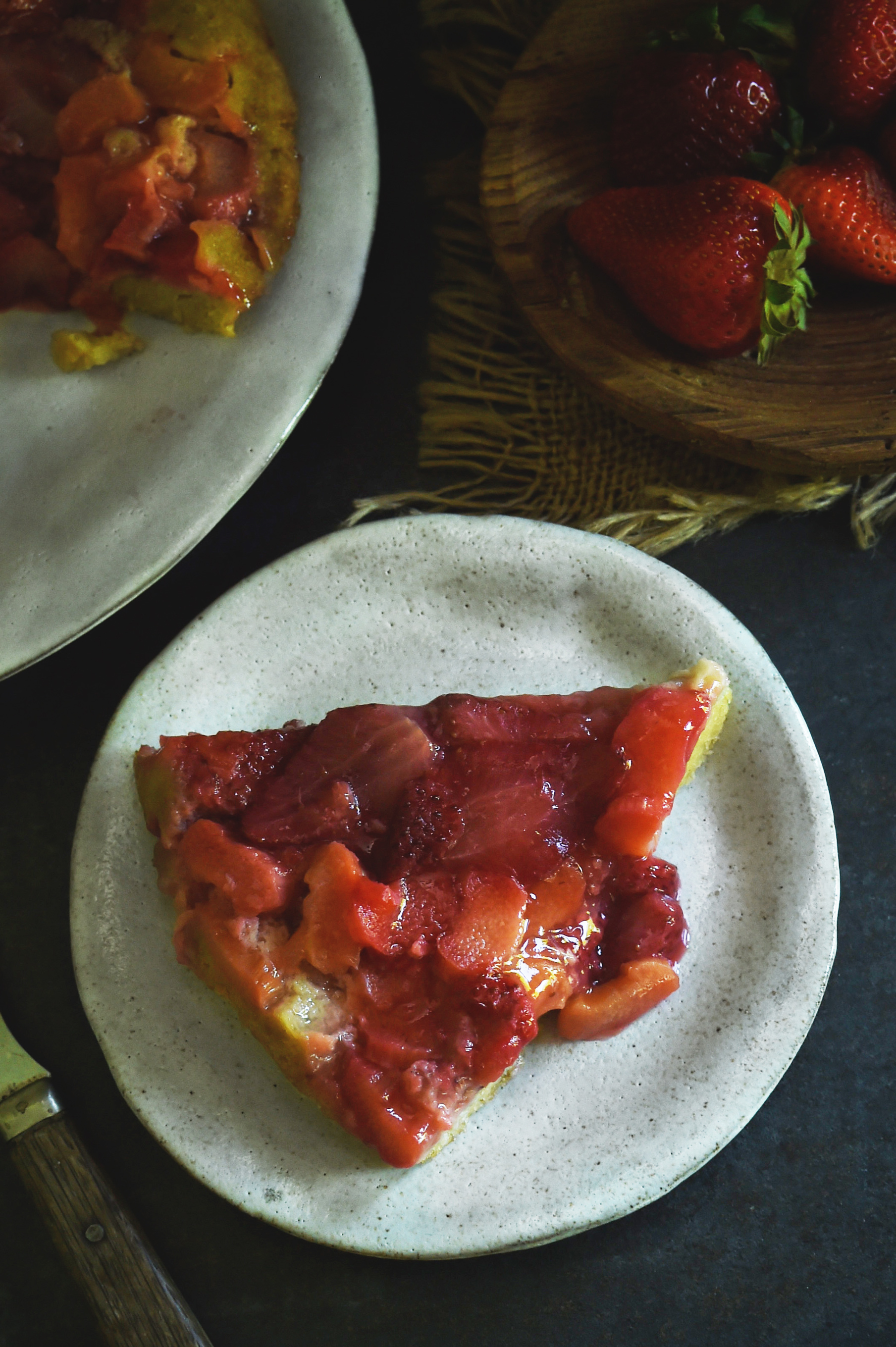 Low Carb Strawberry Rhubarb Upside Down Cake Recipe