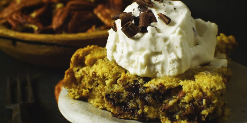 Low-Carb Skillet Chocolate Chip Cookie Recipe