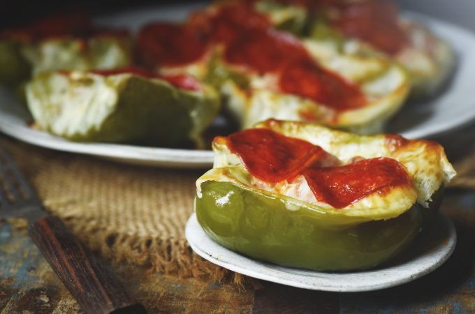 Low-Carb Easy Pizza Stuffed Peppers
