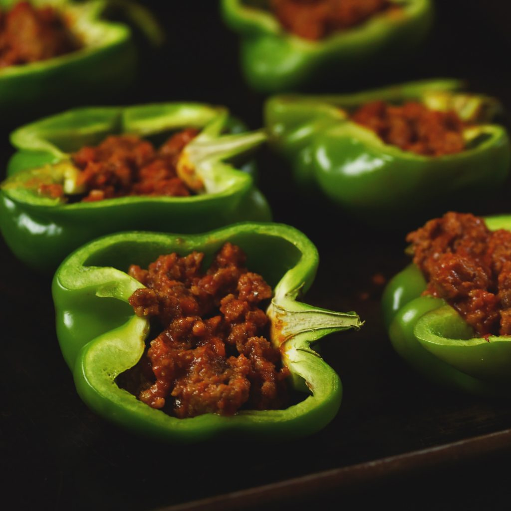 Low-Carb Easy Pizza Stuffed Peppers-Filling the peppers