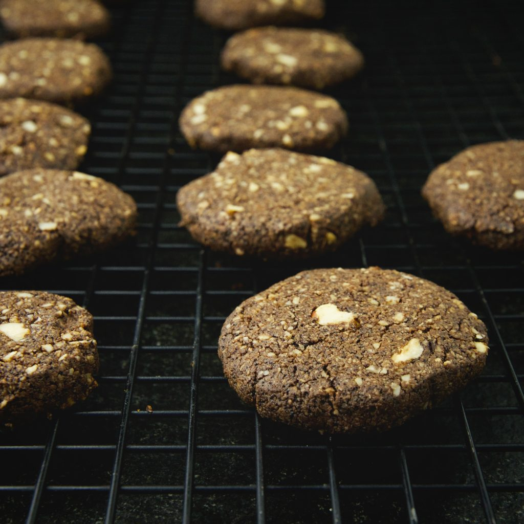 Low-Carb Chocolate Hazelnut Shortbread Cookies-cooling.