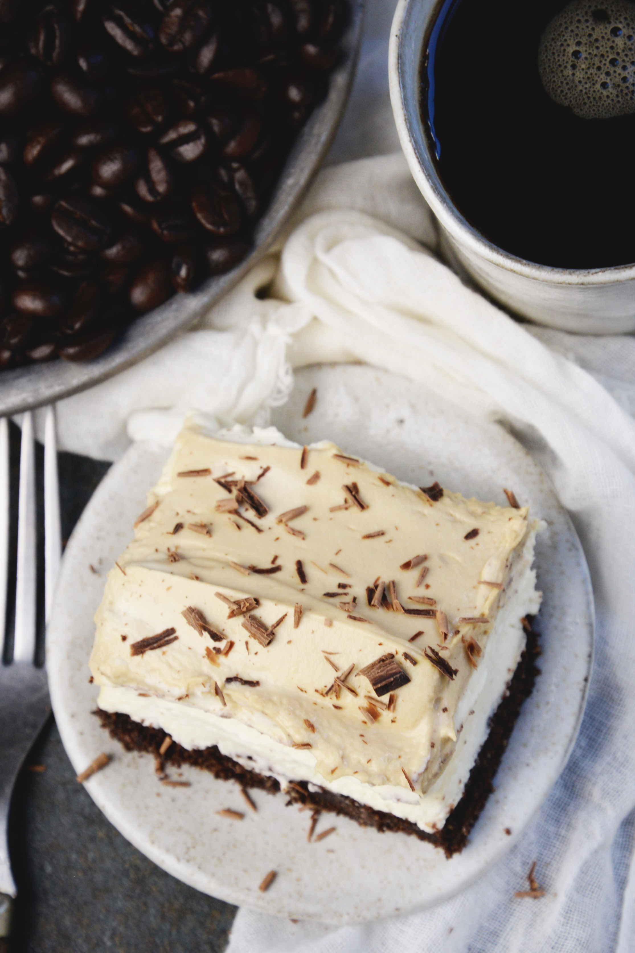 Low-Carb Cappuccino Mousse Cake-overhead shot.