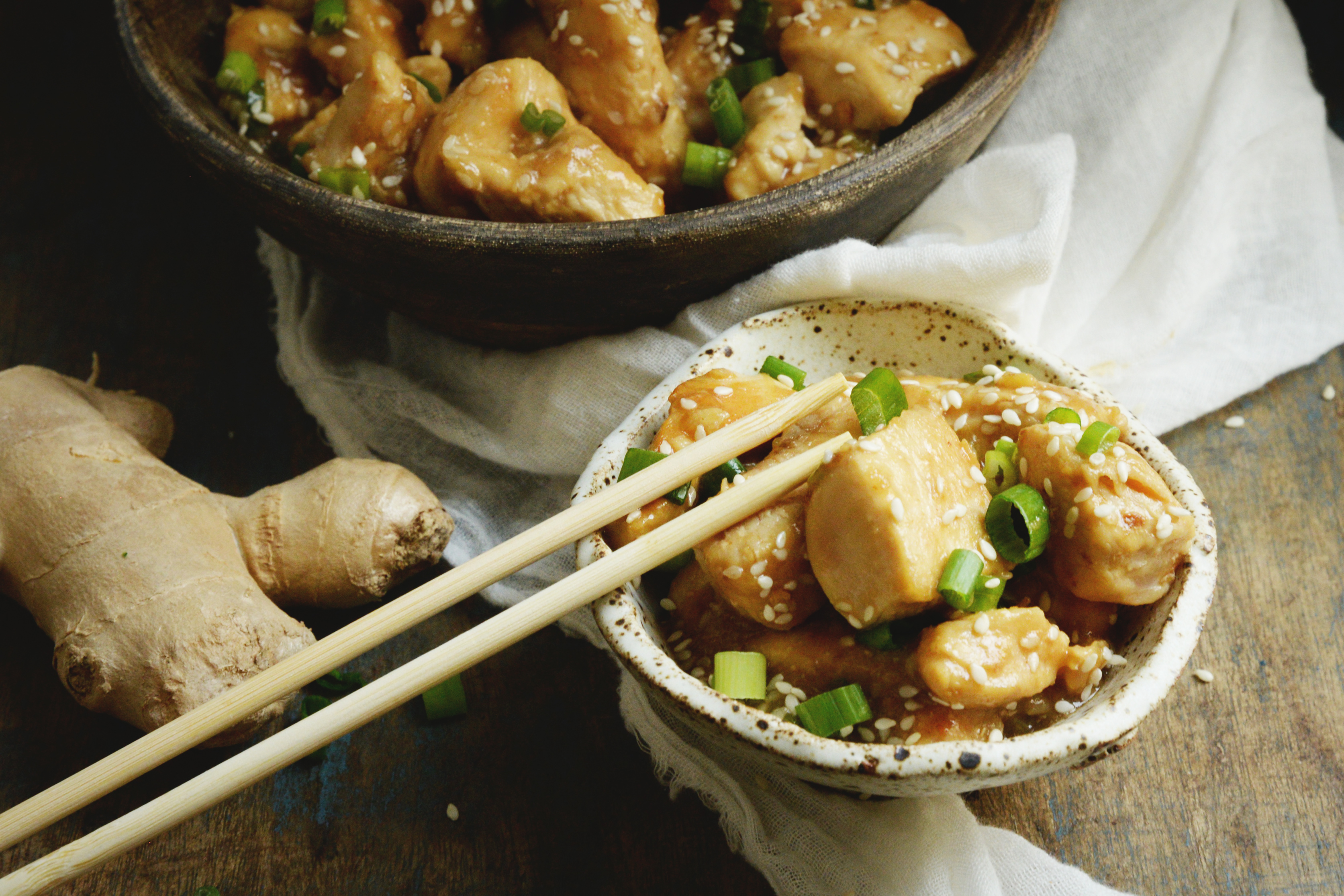 Easy Low-Carb Sesame Chicken Recipe-Featured image