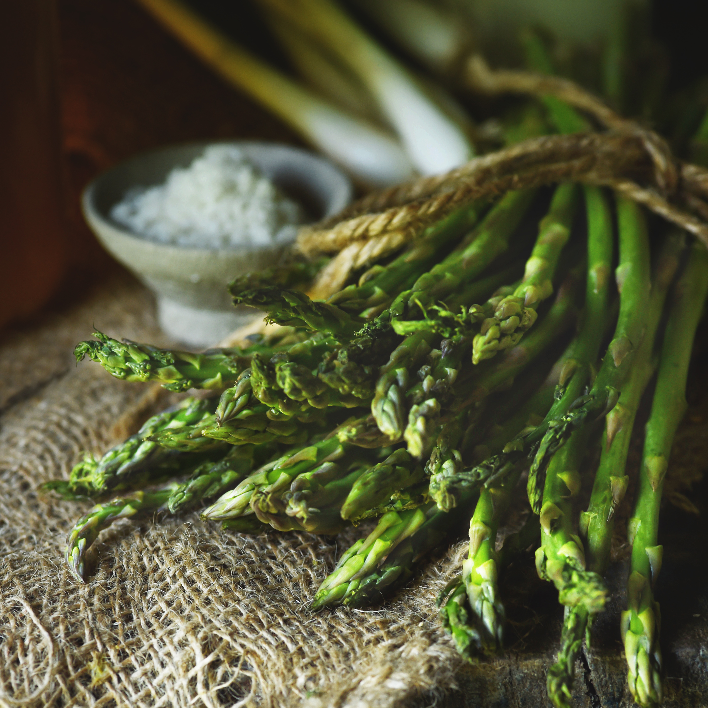 Low-Carb Asparagus Recipes-a bunch of asparagus