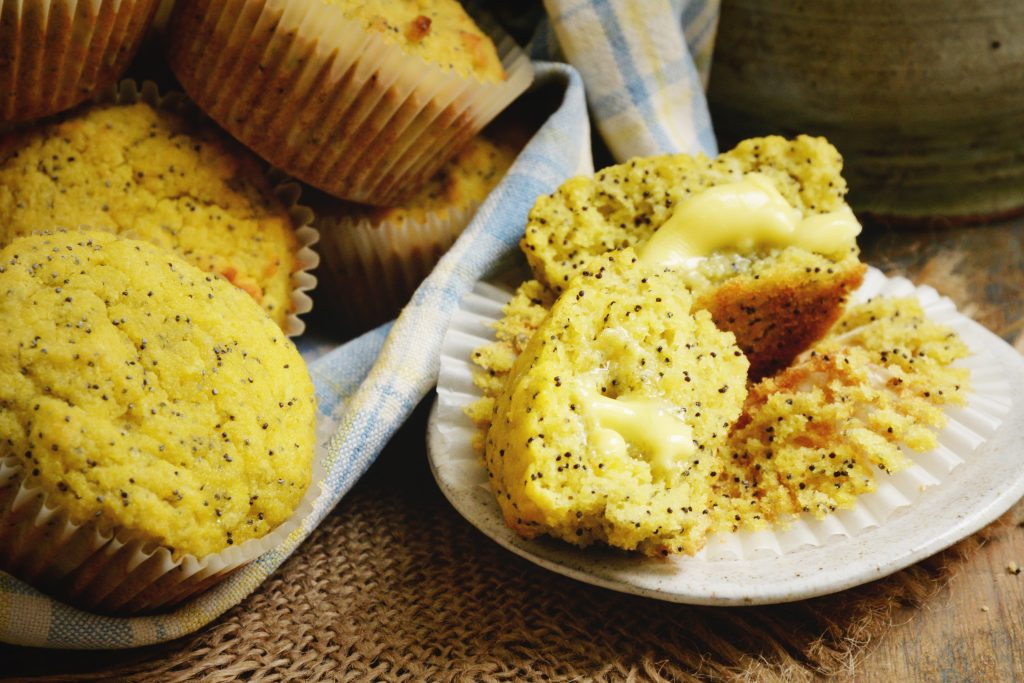 Low-Carb Lemon Poppy Seed Muffins Recipe (Paleo and Keto-Friendly)