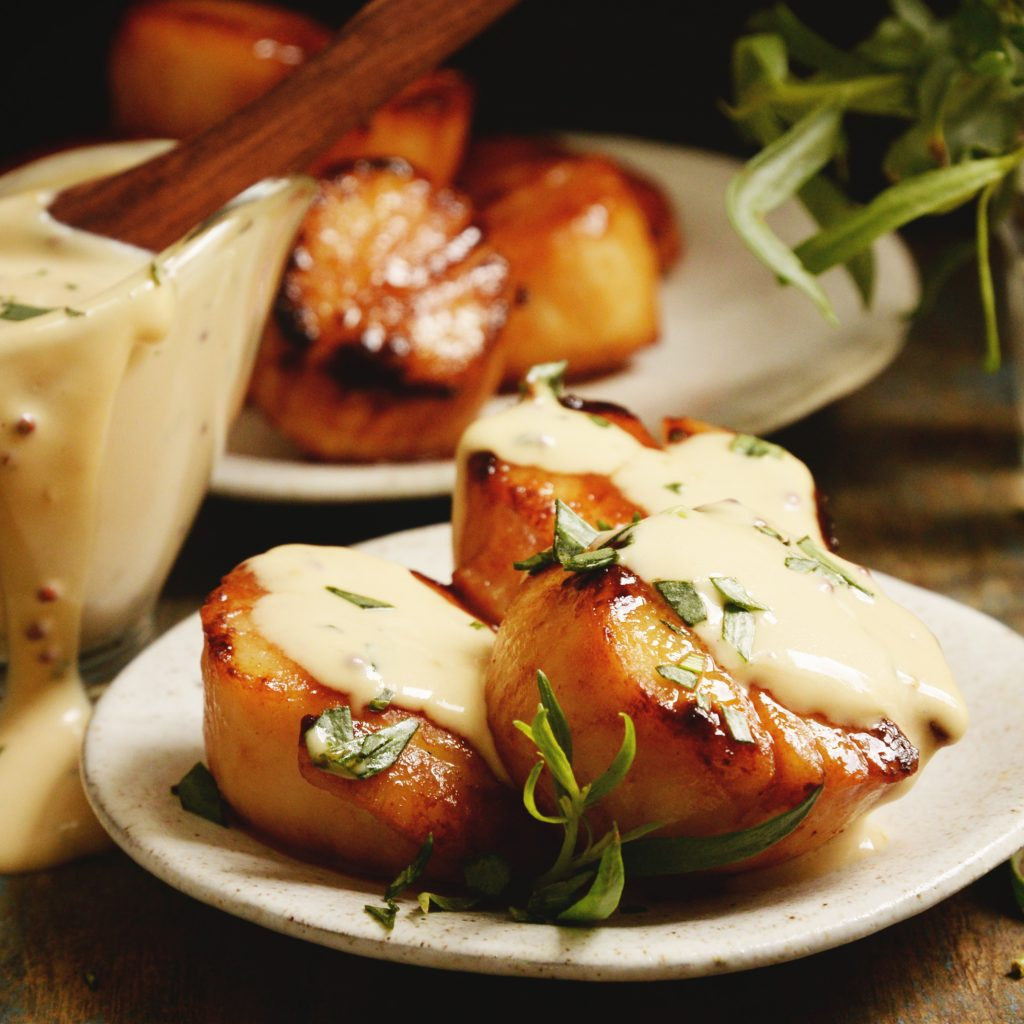 Pan Seared Scallops with Tarragon Cream Sauce-recipe photo.