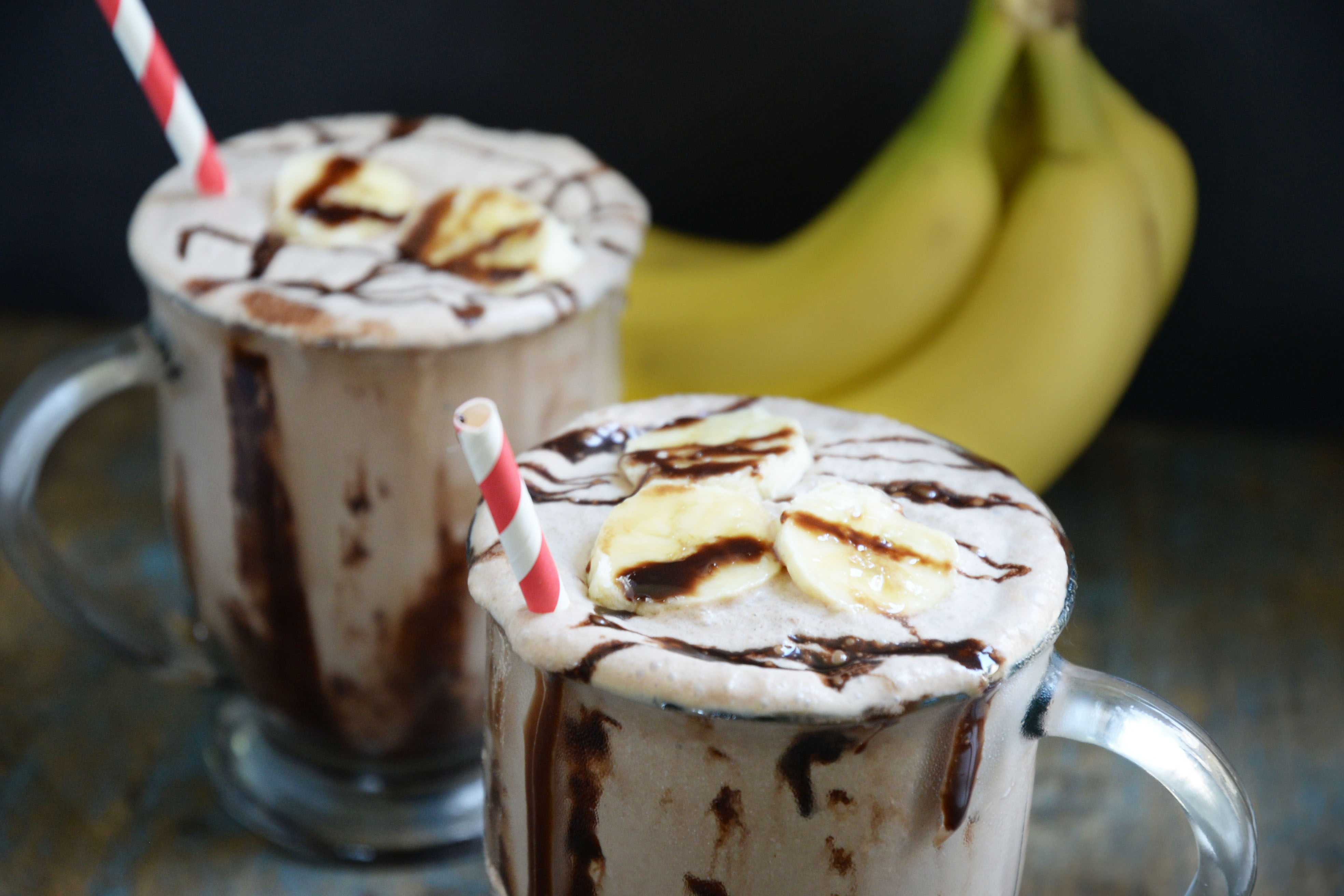 Banana Chocolate Milkshake Recipe (Low-Carb and Keto-Friendly)