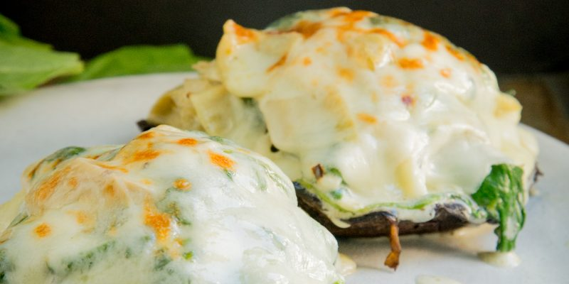 Keto Spinach and Artichoke Stuffed Mushrooms Recipe