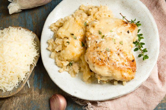 Easy One Skillet Garlic Parmesan Chicken (Keto-Friendly)