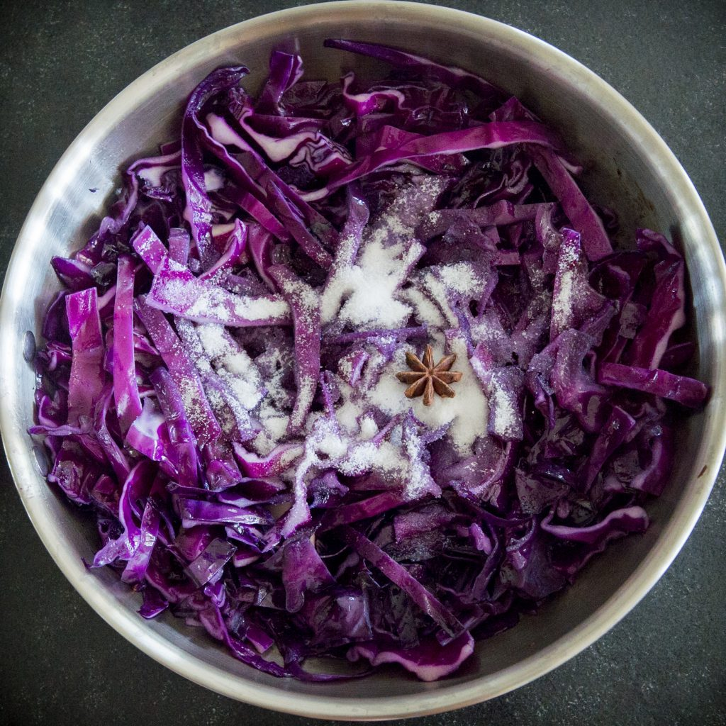 Low-Carb Sweet and Sour Red Cabbage-adding the sweetener