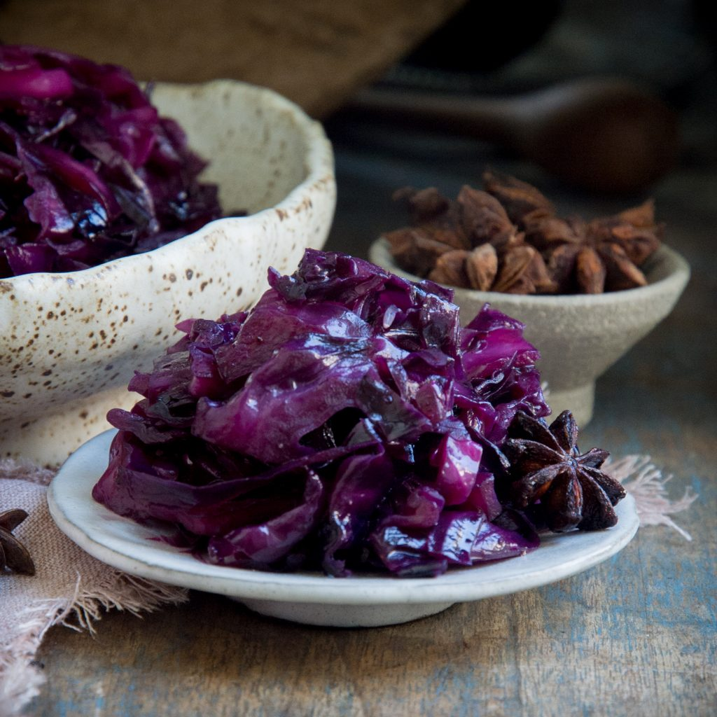 Low-Carb Sweet and Sour Red Cabbage-recipe image
