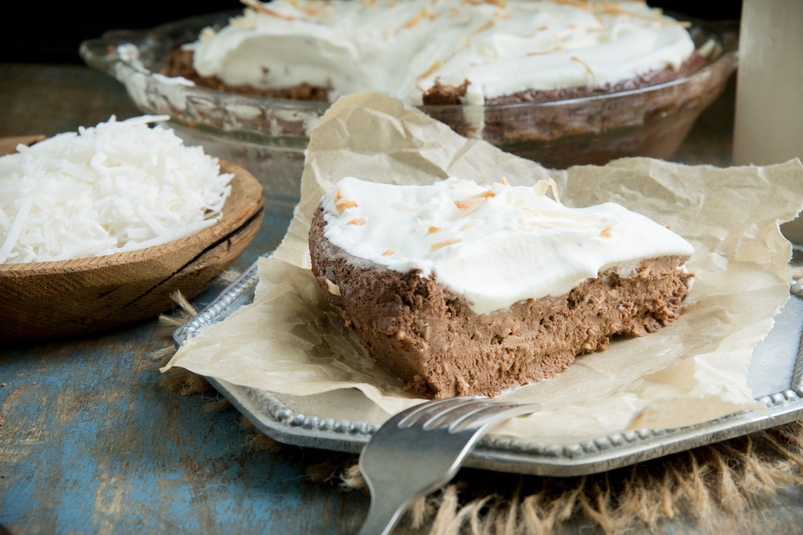 Low-Carb Chocolate Coconut Pie (Keto-Friendly)