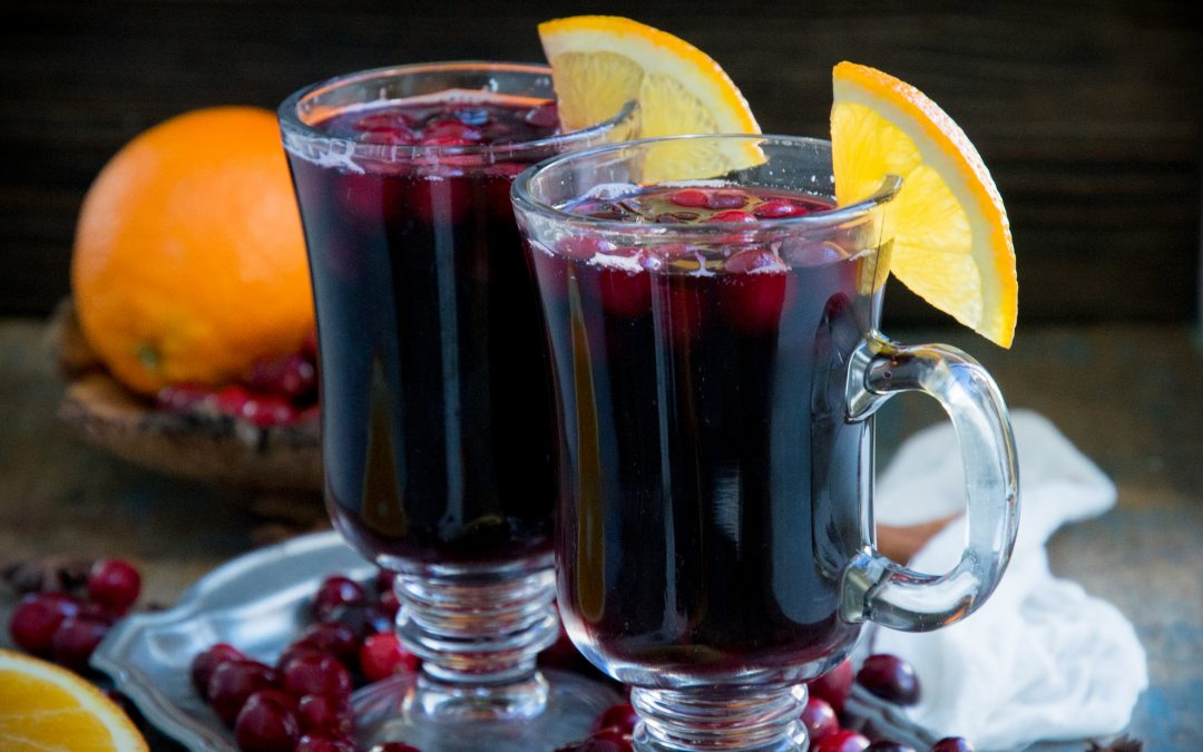 Low-Carb Cranberry Mulled Wine (Keto-Friendly)